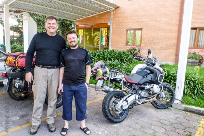 Miles and Franco - a fond farewell as we head our separate ways outside of Mexico City.